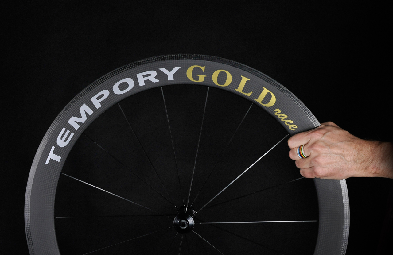home-gold-race-tempory